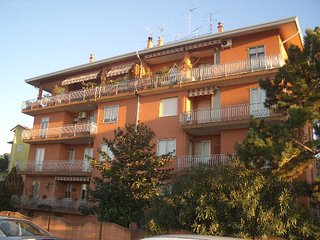 Spacious Apartment Great Location in Caorle - Beach Place and Sun Beds Included