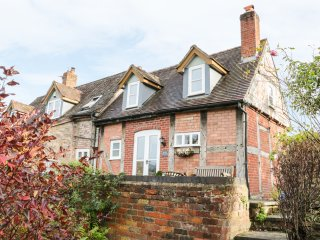 34 MUCH WENLOCK ROAD, exposed beams, woodburner, beautiful garden, Ironbridge