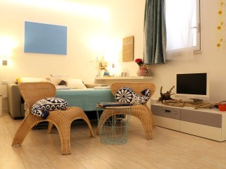 Zaffiro House - Nice apartment in the promenade of Giardini Naxos, a few steps f
