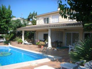 Casa Montse 1, Sta. María de Llorell, piscina privada para 2 casas, vista mar