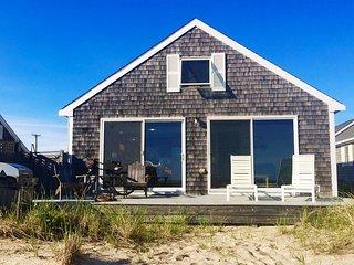 Beach Point Bayfront Cottage