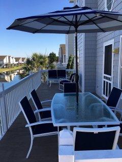 lagoon side deck