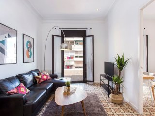 2 bedroom design flat with terrace in Poble Sec