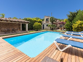 Rustic Villa Rafa for 4 guests, walking distance to Old Town Pollensa! Catalunya