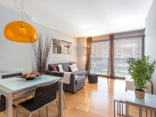 Stylish flat, 1 bed near La Sagrada Familia