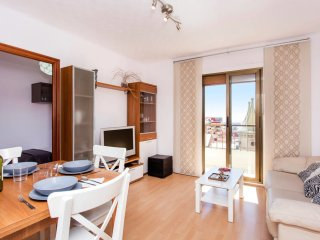 3 Bedroom close to Sagrada Familia!