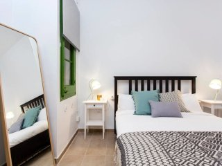 Designer flat with chill out area next to La Fira