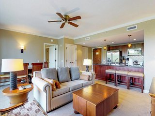 Luxury, waterfront condo w/ partial ocean view, resort pools, hot tubs & more!