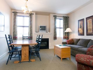 1 Bedroom Condo at Chilcoot Lodge, Silver Star Mountain