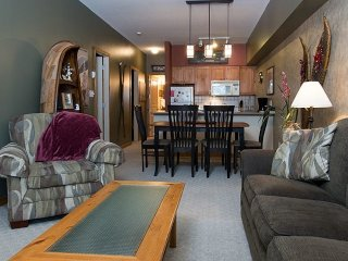 2 Bedroom 2 Bathroom Condo at Creekside Condos, Silver Star Mountain