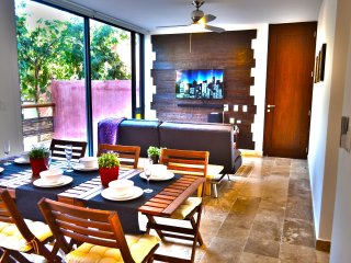 Amazing 2BR condo in wonderful location of Tulum by Happy Address