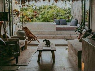 Artia 'Ahau' Luxury Design PH Pool & Beach Club access