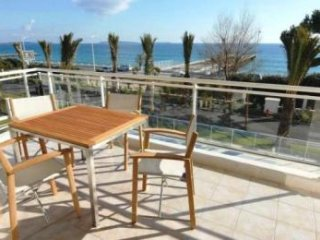 Stunning two bedroom, two bathroom apartment on the Cannes sea front