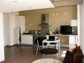 Studio apartment in the heart of Cannes five minutes from the Palais and