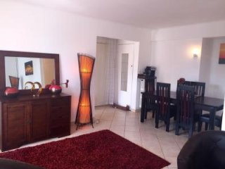 Pleasant 2 bedroom apartment in calm area. Grocery shops a few meters away and
