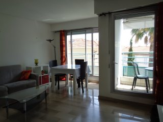One bedroom apartment in the center of Cannes with a sea view and 12 minutes
