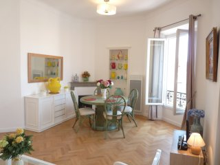 Two bedrooms in the center of Cannes, 500 meters from the Palais des Festival