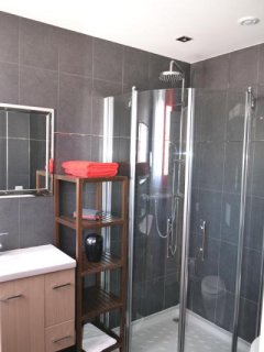 Another view of the shower