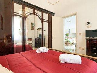 DIMORA CONTE- 4 camere da letto- 8 posti letto- 2 bagni- parcheggio gratuito