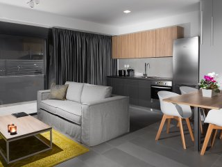 Elysium Boutique Apartment 001