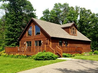 Incredible 5BR Home on Golf Course w/ WiFi | 5 min. to everything Wis Dells!