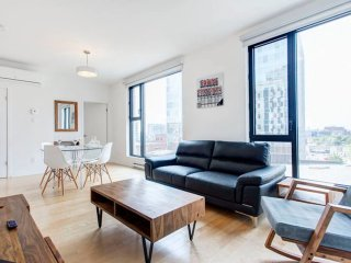 Stylish Corporate 2BR * Business District ~ Dwntn