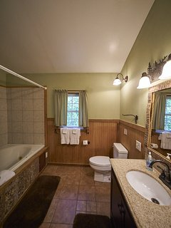 Another view of the bath at Ashemount in Sugar Grove near Banner Elk, NC.