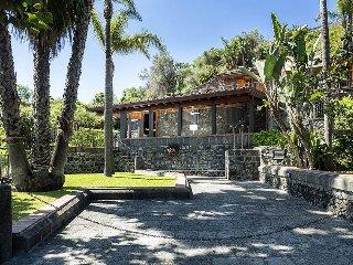 Villa Tecla vacation holiday large villa rental italy, sicily, acireale, near ca