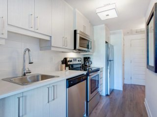 The Inmaculate 1BR near Complexe Desjardins!