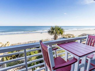 Surf Harbor 204, Delightful Small Building on Surfside Beach