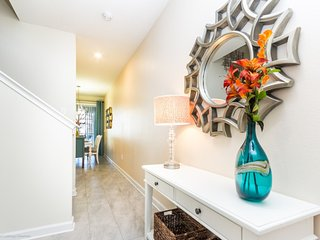 Perfect Townhome For The Family With Private Pool!