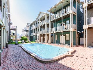 Updated 4BR w/ Guest Studio, Balcony, Pool & Private Beach Access