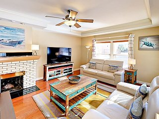 Stylish 3BR Bungalow in Historic District - Minutes to Ocean & Downtown