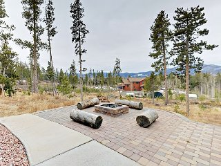 Spacious 2BR Home with Mountain Views & Fire Pit – 20 Mins. from Winter Park