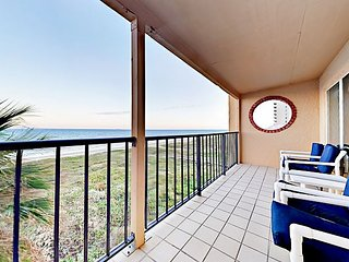 2BR w/ Gorgeous Beach Views, Pool & Hot Tub, Steps to Beach - Suntide ii 507