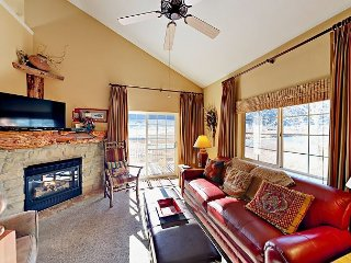 Riverfront 2BR + Loft w/ Pool & Hot Tub – Stunning Water Views, Near Skiing