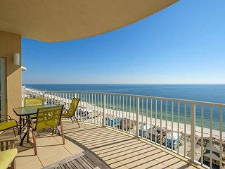 4BR, 4.5BA Upscale Gulf Shores Penthouse w/ Views, Pools, Walk to Beach