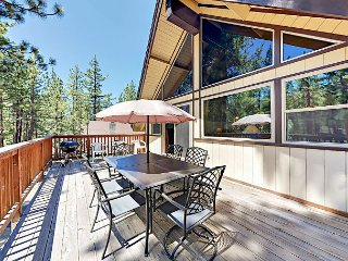 Quiet 4BR Cul-de-Sac Chalet, 3 Blocks to Heavenly