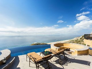 Villa Alta Vista - Brand New villa in Pedregal!