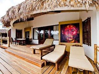 4 Bedrooms - 3.5 Bathrooms - Luxury Villas