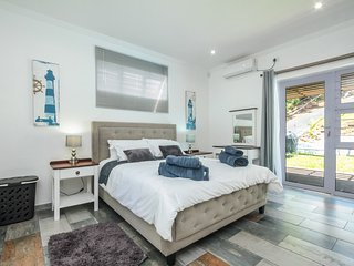 Upmarket, Modern Self-Catering in Umhlanga Rocks