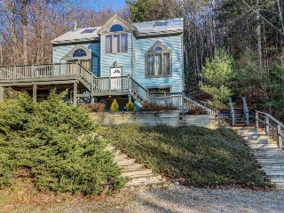 Charming, dog-friendly home w/ huge deck & game room - minutes to Okemo