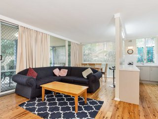 3 Lillian Street - fantastic pet friendly house so close to the water