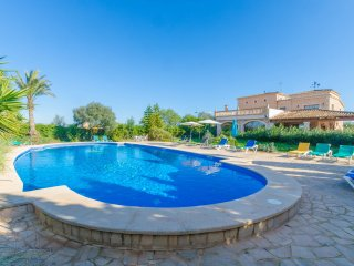 NA PONT - Villa for 20 people in Campos