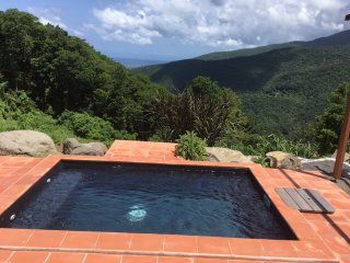 Small Boutique hotel like cottage for 4 with private pool in Guadeloupe