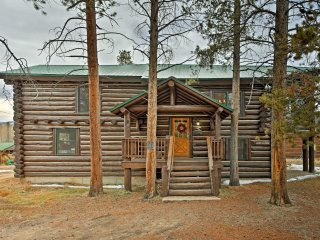 NEW! 4BR Grand Lake Cabin by Rocky Mtn Natnl Park