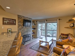 Breckenridge Condo, Walk to Main St & Ski Bus Stop