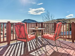 NEW! 4BR Golden Home on 5 Acres -Mtn & City Views!