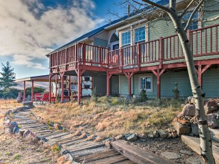 Peaceful Golden Home on 5 Acres w/Mtn & City Views