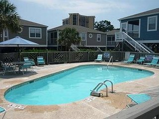 Great Location Near Ocean!!-Shore Drive Myrtle Beach SC Arbor House #24